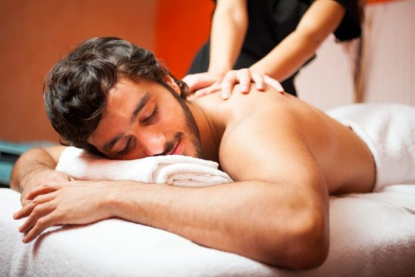 man massage e1587111716159